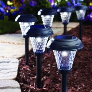 Outdoor solar light set