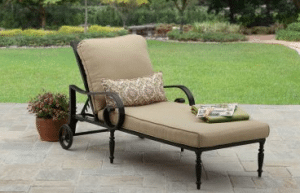 Englewood Heights II Chaise Lounge