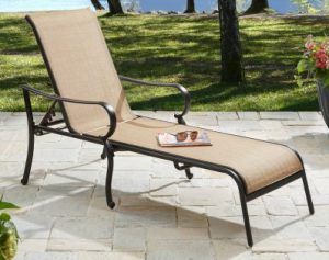 5 choices of chaise lounge outdoor furniture outdoor for Better homes and gardens hillcrest outdoor chaise lounge