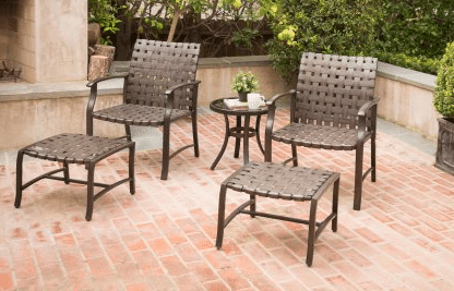 Willow Valley patio chat set