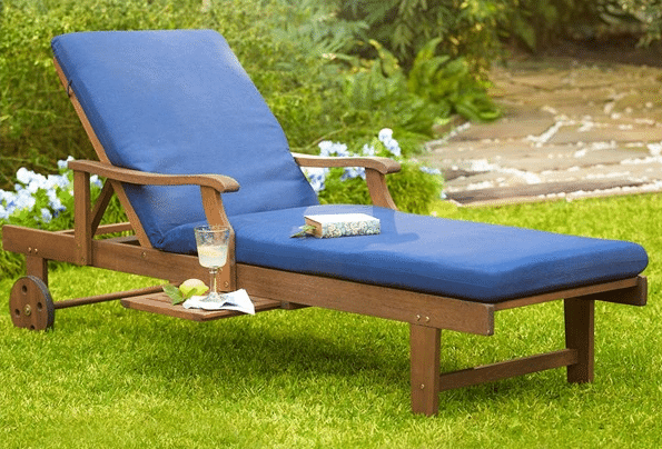 Wooden Chaise Lounges for Patio Areas