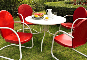 Crosley traditional metal dining set