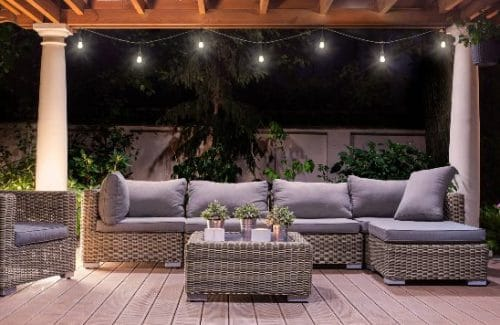 6 Ideas of Decorative String Lighting for Patios