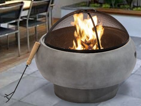 8 Backyard Fire Pit Ideas that you can Try