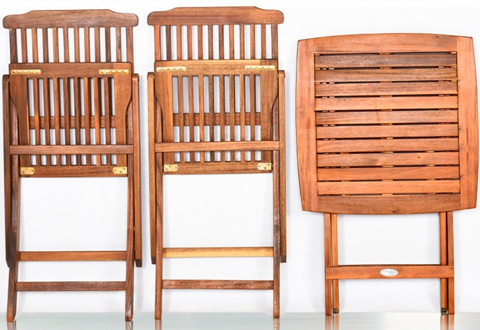 5 of the Best Wooden Folding Patio Sets