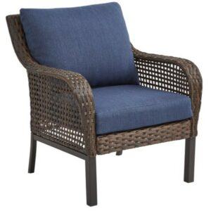 Mainstays Tuscany Ridge Chair with blue cushions