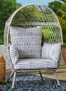 Ventura chair with gray cushions