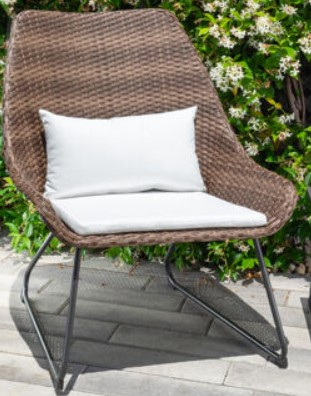 Fire Pit Table and Chairs set-Mōd Furniture Montauk chair with white cushions
