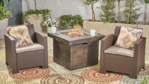 Ezequiel Gray chairs with charcoal fire pit